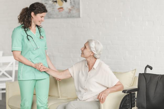 Un infirmier à domicile peut-il exercer l'euthanasie active volontaire?
